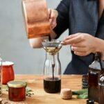 Aprovecha tus plantas medicinales del huerto preparando tinturas